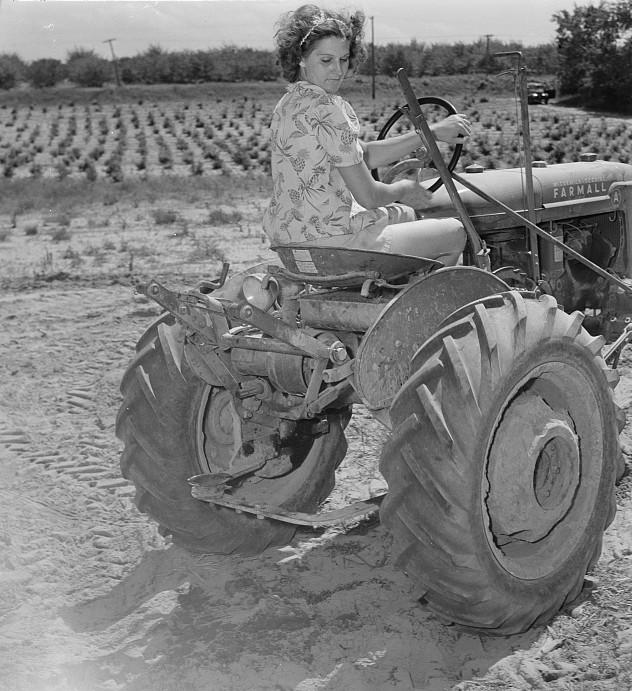 michigan woman on tractor2