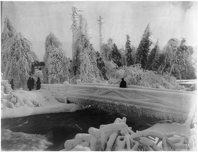 Frozen Niagara from Luna Island 1900 By Photographer William Henry Jackson