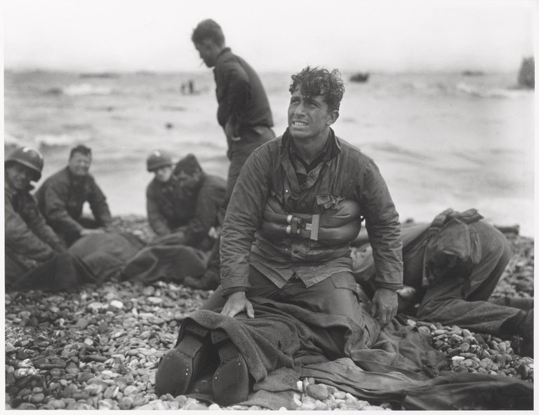 omaha beach soldier