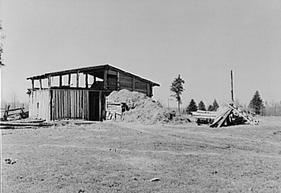 Michigan, barn on sando's farm 1942