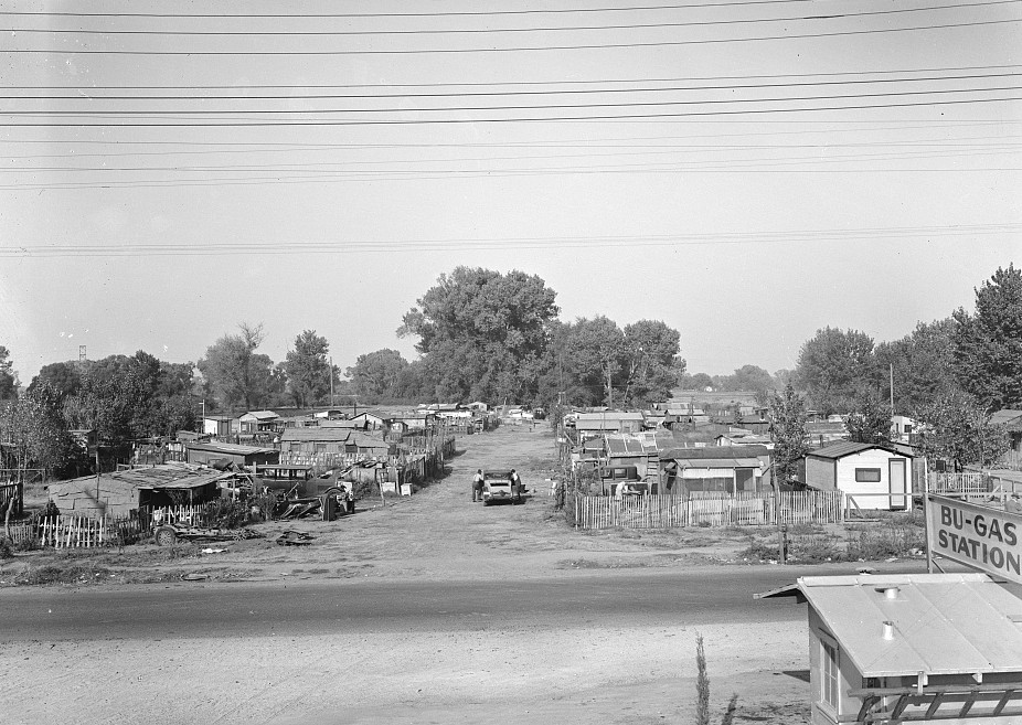 Migrant winter camp on outskirts of Sacramento, Californi.