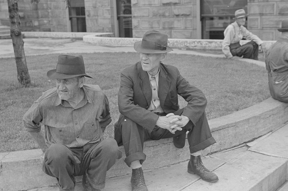 courthouse men sitting