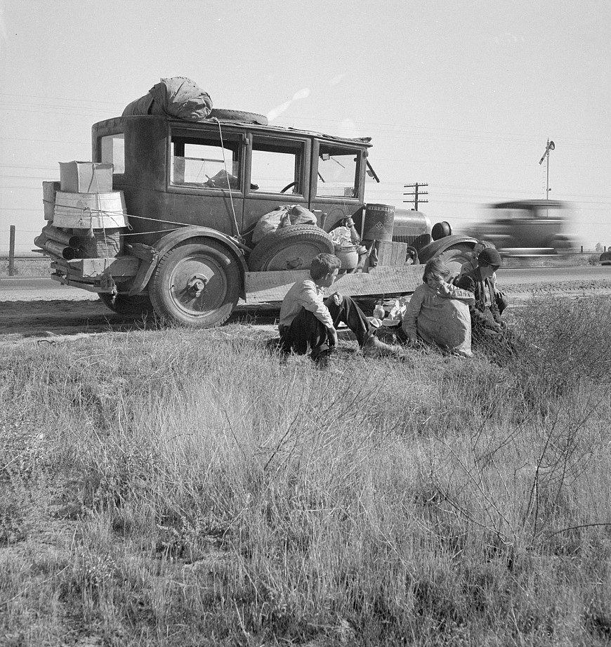 depression - family arriving in California by truck - lange