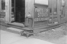 Circleville, Ohio  in 1938 – Have the Industries changed? [photographs]