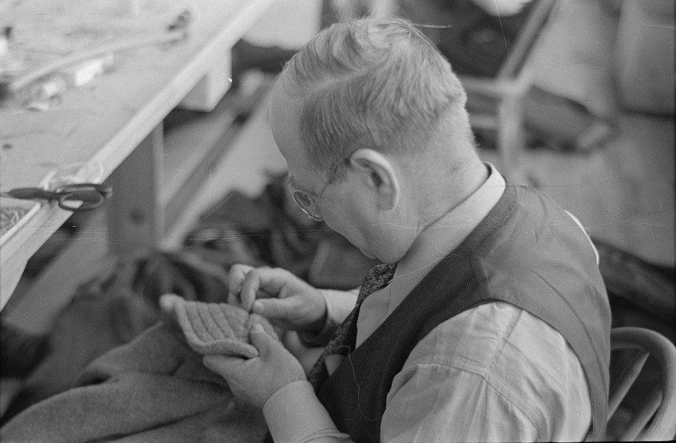 Closeup of tailor in garment factory, Jersey Homesteads, Hightstown, New Jersey 1936 russell lee