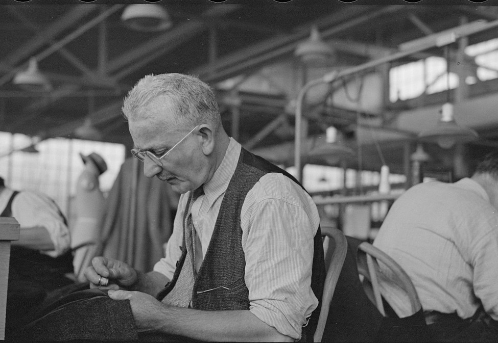Eugene Isaacs, tailor, in the cooperative garment factory, Jersey Homesteads, Hightstown, New Jersey 1936 russell lee