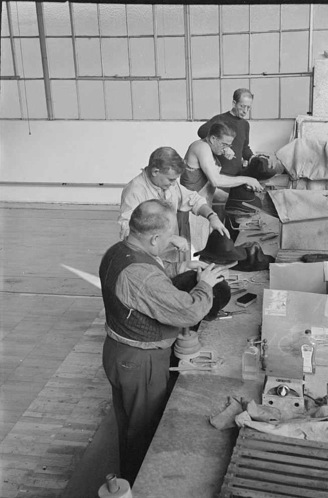 Hat makers at the cooperative garment factory, Hightstown, New Jersey nov. 1936 russ