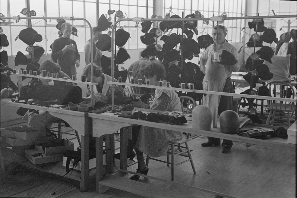 Homesteaders' daughters are employed in the millinery department of the cooperative garment factory at Jersey Homesteads, Hightstown, New Jersey nov. 1936 russ
