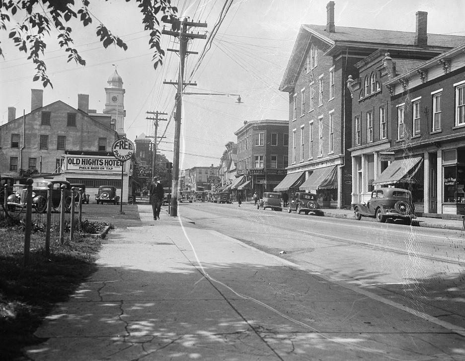 Street scene. Hightstown, New Jersey 1935