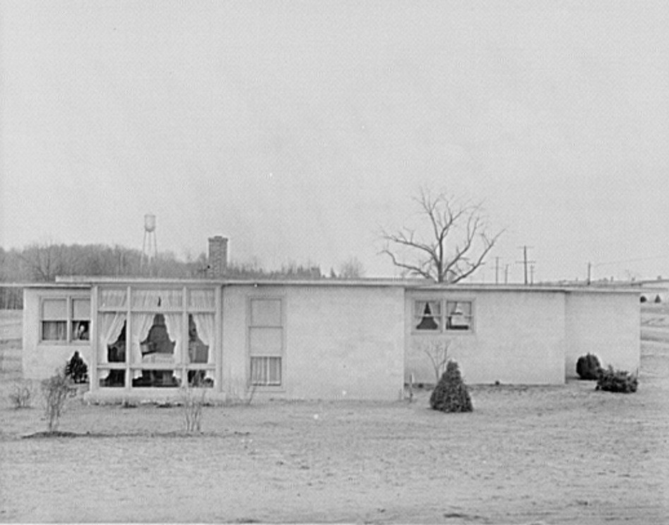 houses at new jersey homestead 1936 - Lange