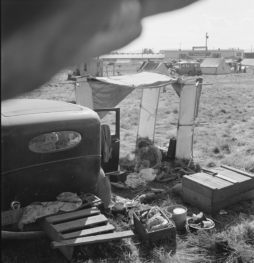 Haunting photographs reveal the lives of largest migration in American history