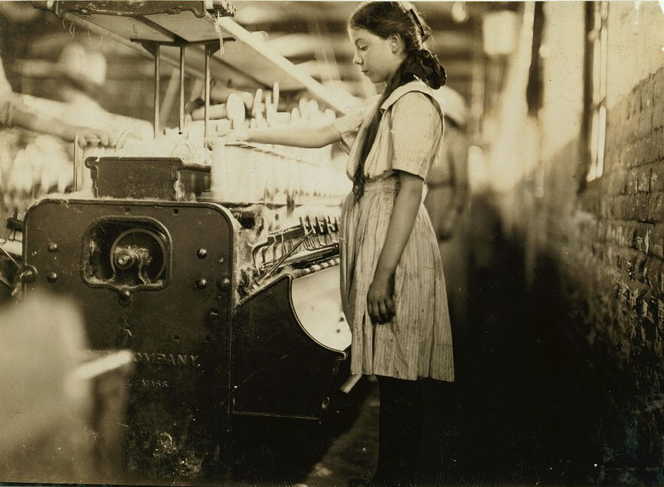 A young spooler in Roanoke Va. Cotton Mills. Location Roanoke, Virginia. hine June 1911