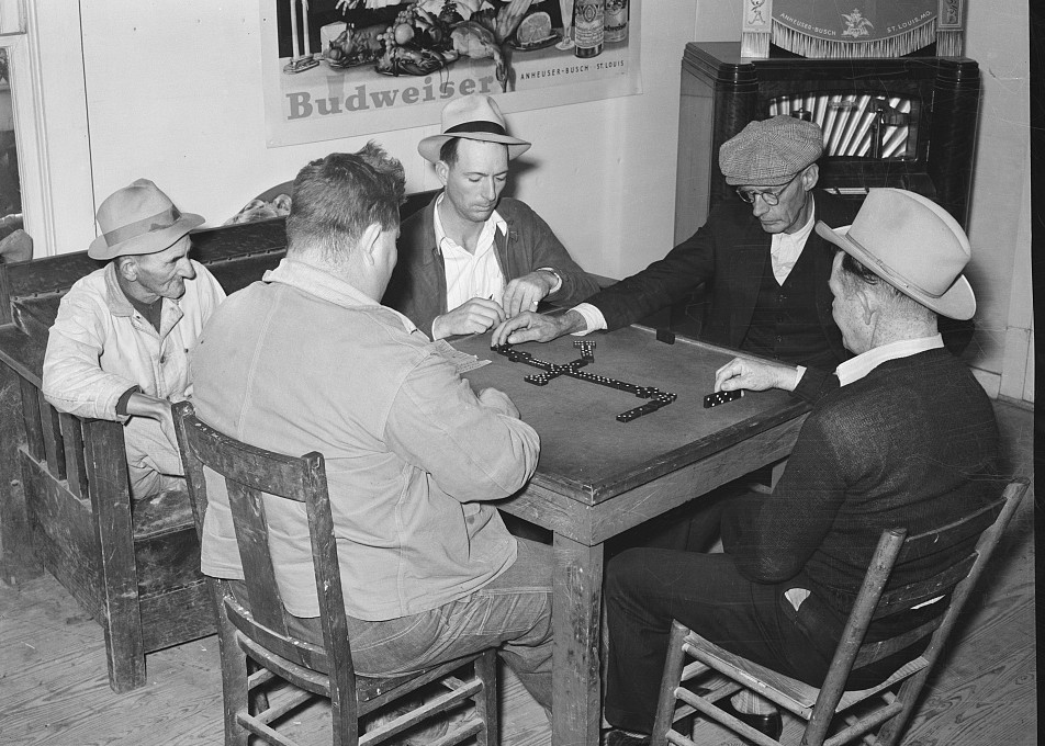 Domino game in beer parlor. Sebastian, Texas2 Feb. 1939 - Russell Lee