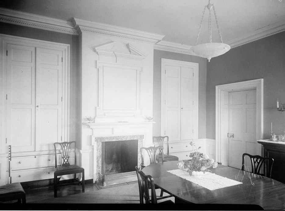 E. H. Pickering, Photographer October 1936 DINING ROOM - Widehall, 101 Water (Front) Street, Chestertown, Kent County, MD