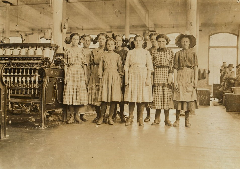 Group of adolescent spinners in Washington Cotton Mills, Fries, Va. The youngest ones would not be photographed. Location Fries, Virginia. May 1911