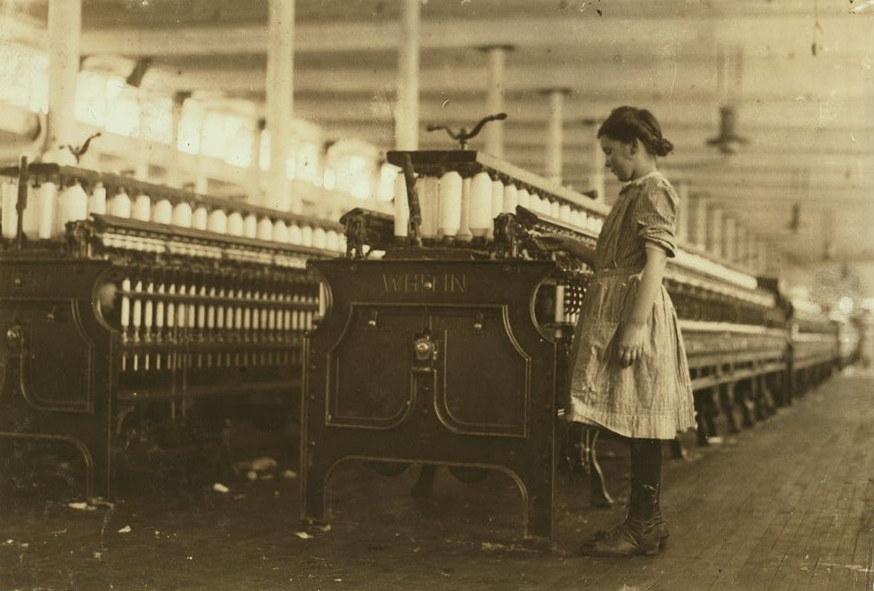 One of the youngest spinners in the Washington Cotton Mills, Fries, Va. Hettie Roberts. Runs two sides. Been working several weeks