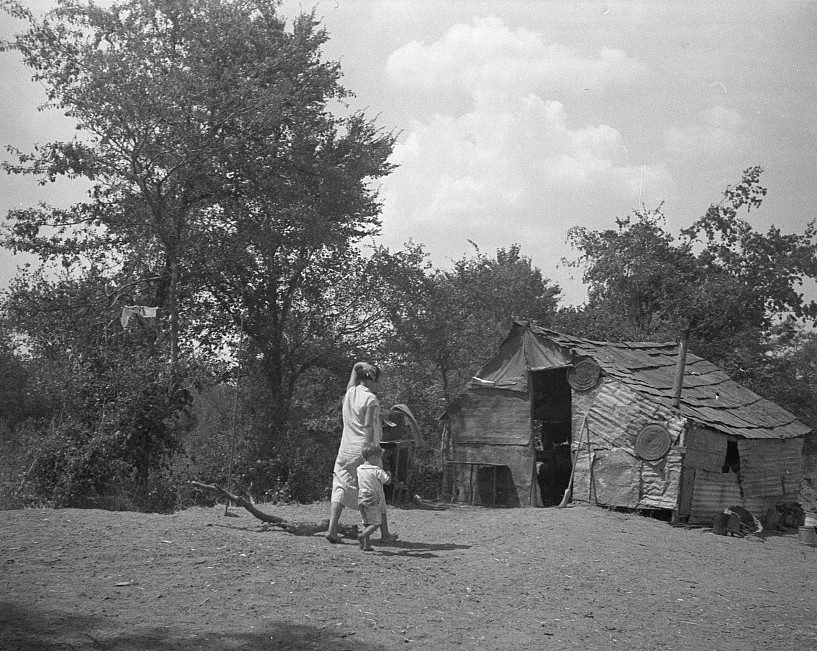 The home of a family in Oklahoma County. Elm Grove, Oklahoma Aug. 1936
