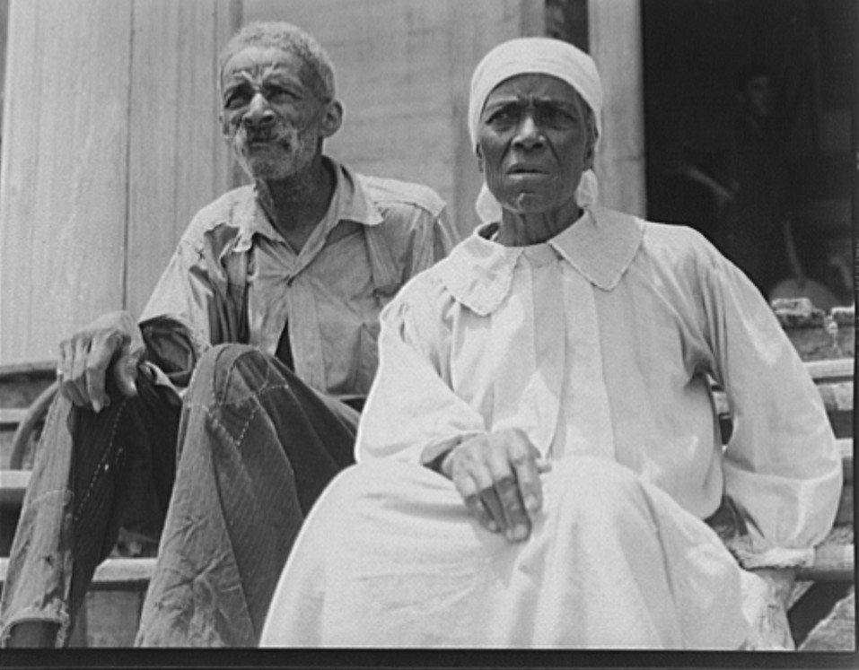 Ex-slave and wife who live in a decaying plantation house. Greene County, Georgia 1937 dorothea lange