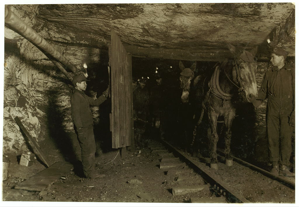 Holding the door 1911