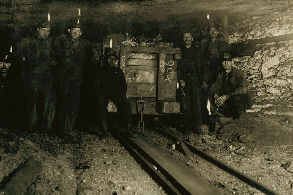 Resting with the load at the head of the slope. Shaft 6 Pennsylvania Coal Co., Small boy is Jo Puma, a Nipper, 163 Pine Street. Jo's mother showed
