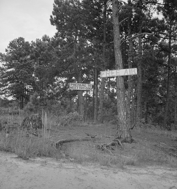 Road signs photographed by Dorothea Lange 1937