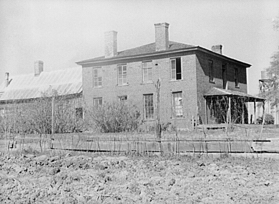 The William Armour place, three or four thousand acres, Negro family now living in it Greene county