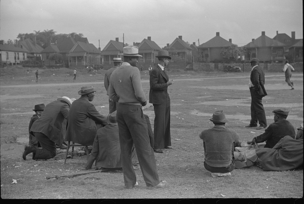 Watching a baseball game, Atlanta, Georgia2 1939