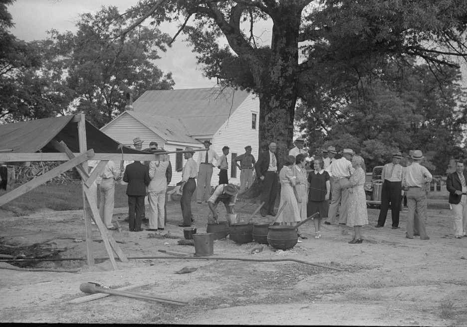 Barbeque picnic on the occasion of the dedication of a FSA (Farm Security Administration) building, Greene County, Georgia3 1939