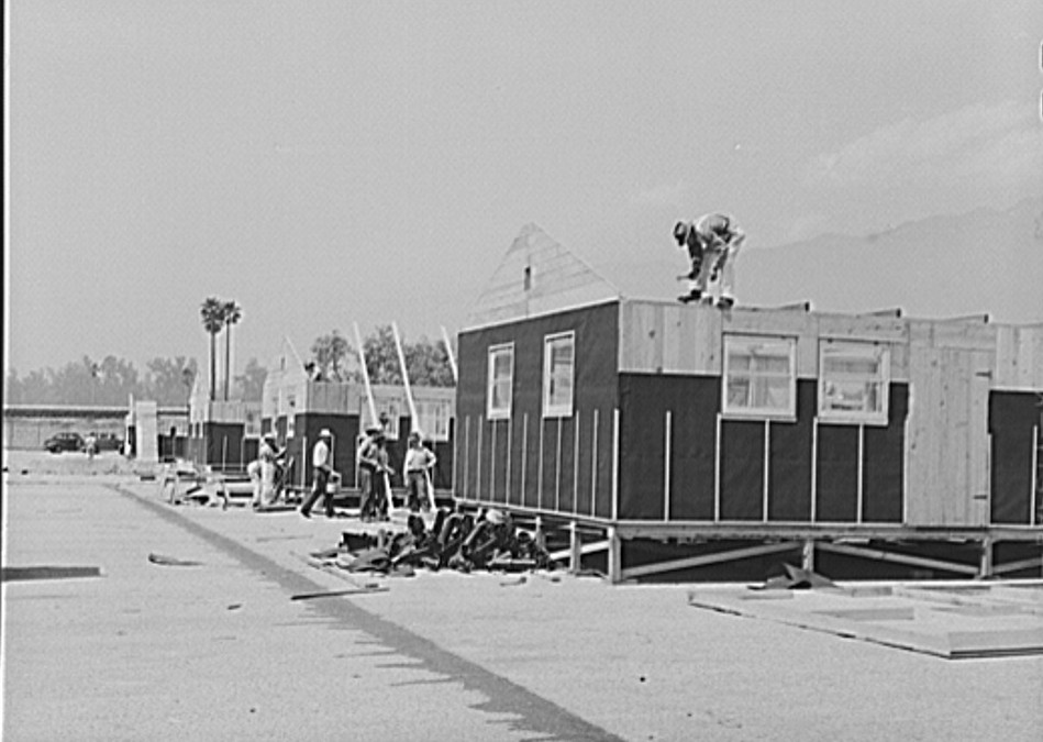 Construction work on accommodations for the evacuees at the Santa Anita reception center3