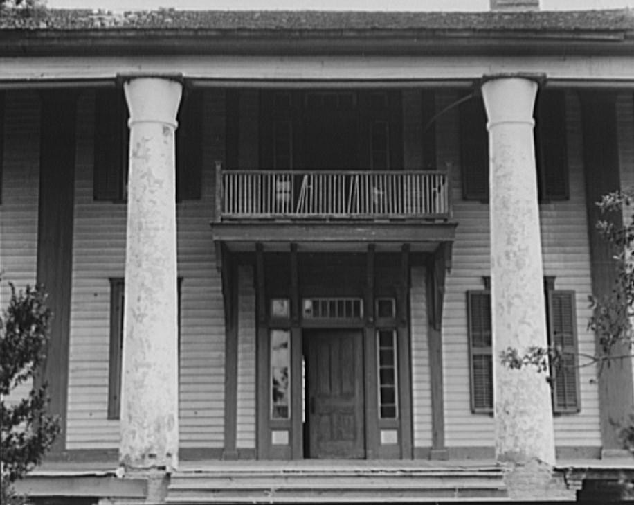 Pharr Plantation house near Social Circle, Georgia 1937 Lange