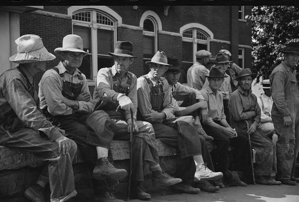 Loafers' wall, by courthouse, Batesville, Arkansas June 1936 by Carl Mydans2