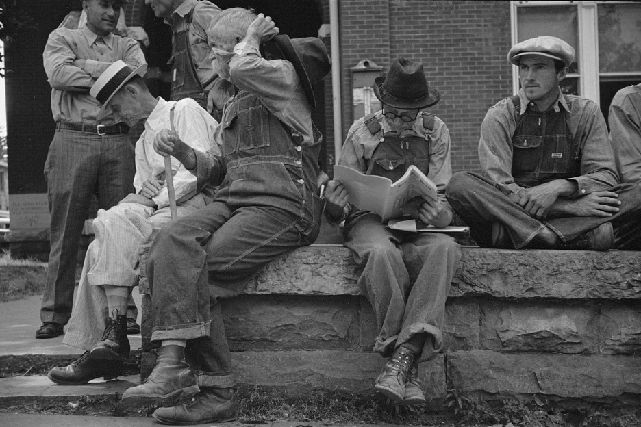 Loafers' wall, by courthouse, Batesville, Arkansas June 1936 by Carl Mydans4