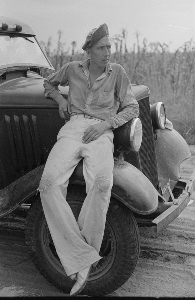 Farmer, Lake Dick Project, Arkansas by Russell Lee September 1938