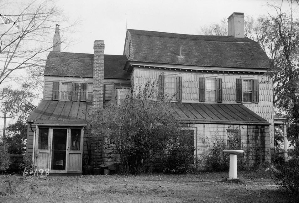 Historic American Buildings Survey Samuel E. Tilton, Photographer November 13, 1935 EXTERIOR - WEST ELEVATION - Burrowes Mansion, 94 Main Street, Matawan, Monmouth County, NJ