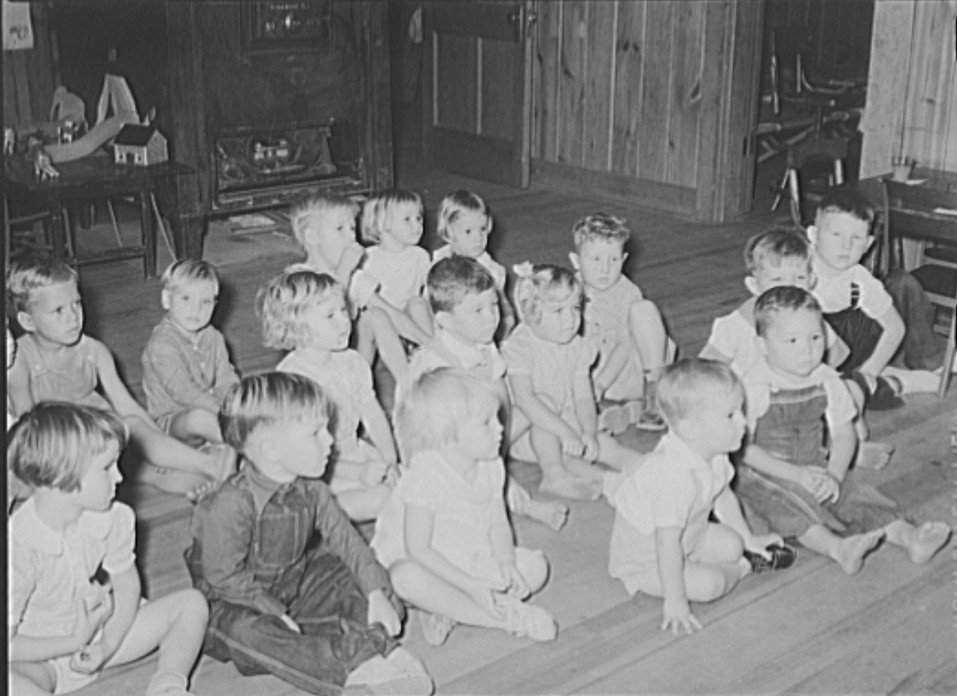 Kindergarten children also received lessons at the school