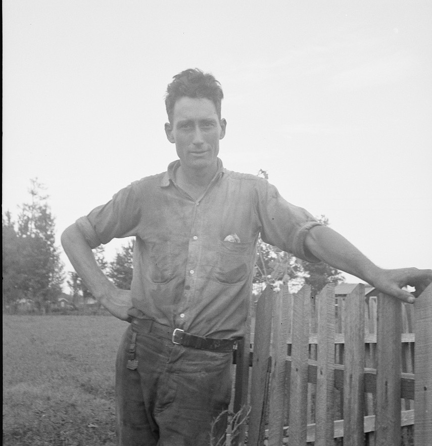 Lake Dick - All farmers on this project are young Arkansas farmers selected from all parts of the state by photographer Dorothea Lange Aug. 1939