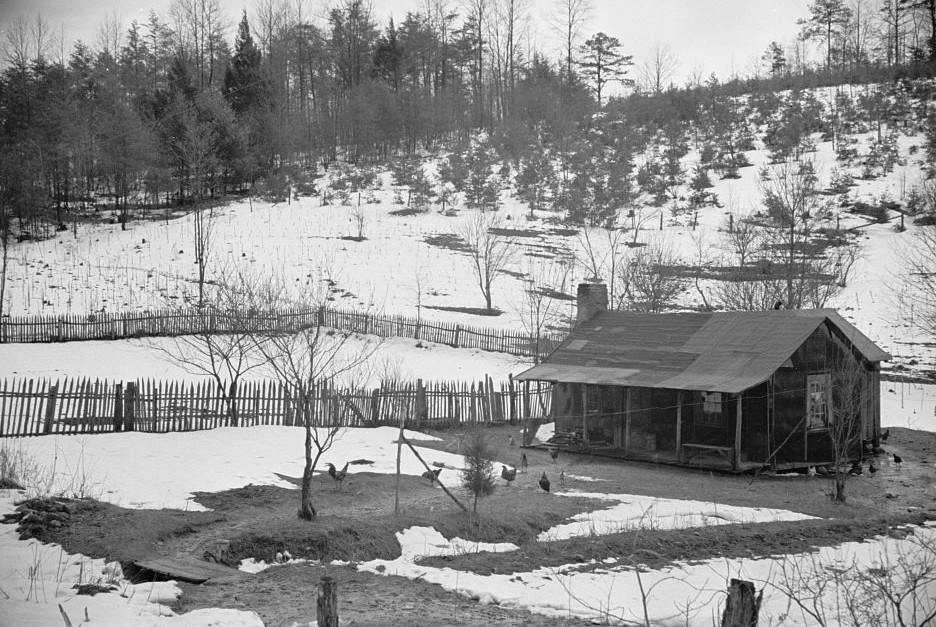 Mountain farmhouse, Appalachian mountains by Carl Mydans 1935