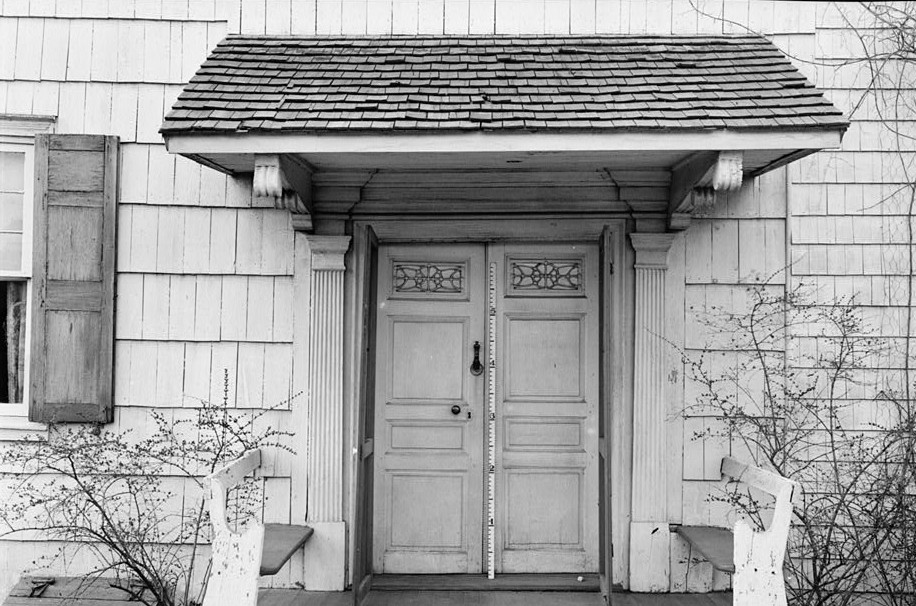 R. Merritt Lacey, Photographer April 1, 1936 Exterior- door detail - South Elevation - General Clinton Headquarters, West Main Street, West Freehold, Monmouth County, NJ