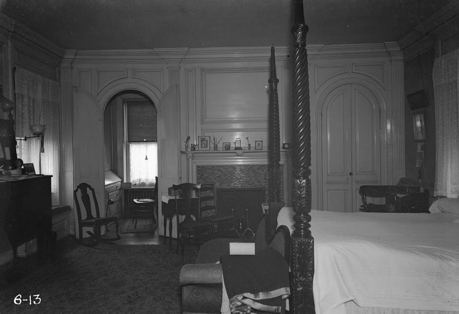 R. Merritt Lacey, Photographer April 7, 1936 East bedroom - mantel end Governor Belcher Mansion, 1046 East Jersey Street, Elizabeth, Union County, NJ