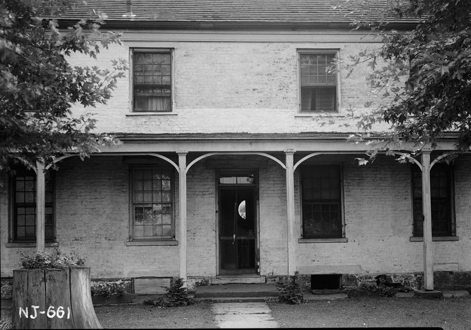 R. Merritt Lacey, Photographer September 9, 1940 Exterior front door - Van Veghten House, Finderne, Somerset County, NJ