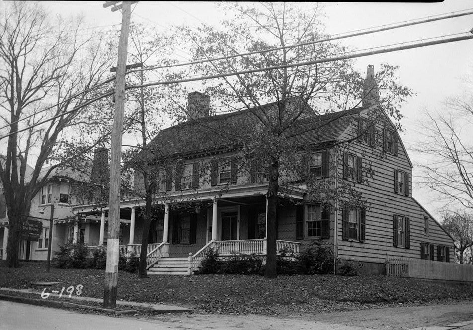 Samuel E. Tilton, Photographer November 13, 1935 EXTERIOR - EAST AND NORTH ELEVATIONS - Burrowes Mansion, 94 Main Street, Matawan, Monmouth County, NJ