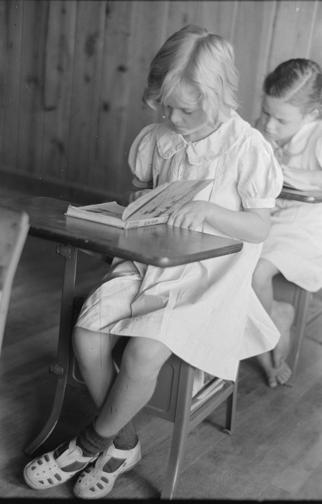 School children reading