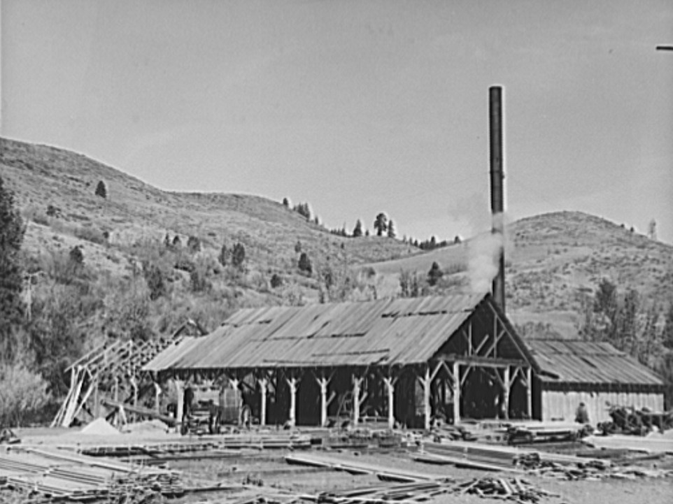 The sawmill. Ola self-help sawmill co-op. Gem County, Idaho