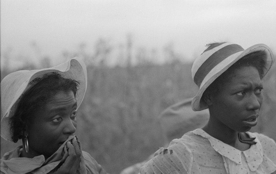 day laborers employed in picking cotton at Lake Dick Project, Arkansas