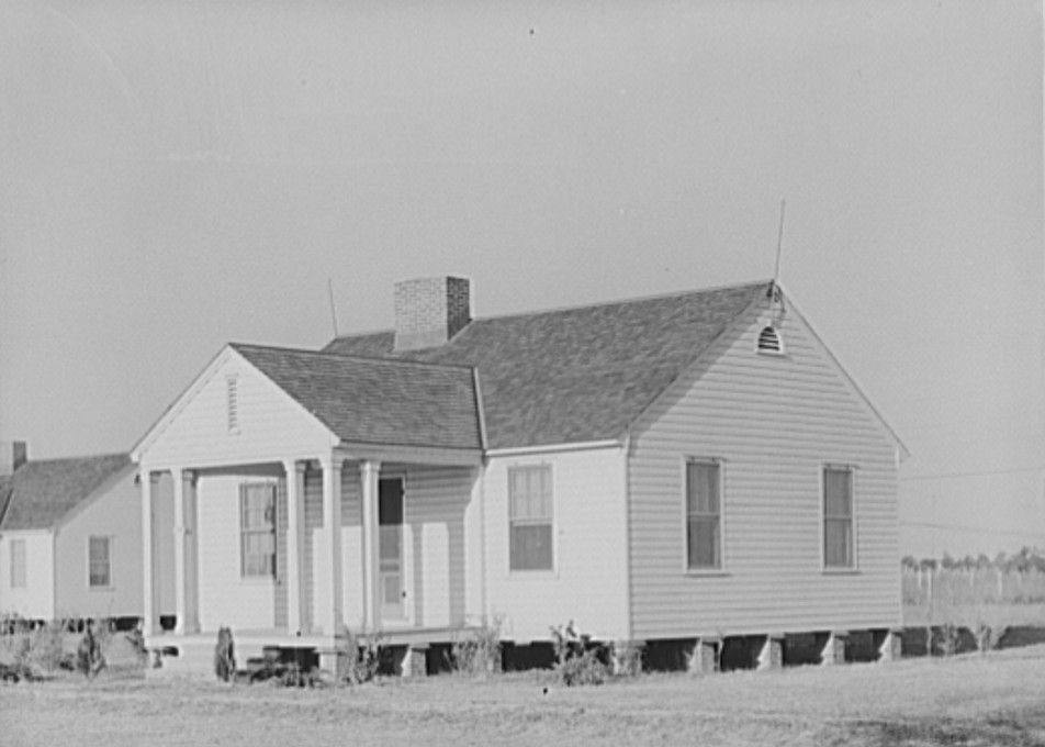 lake dick house Oct 1938