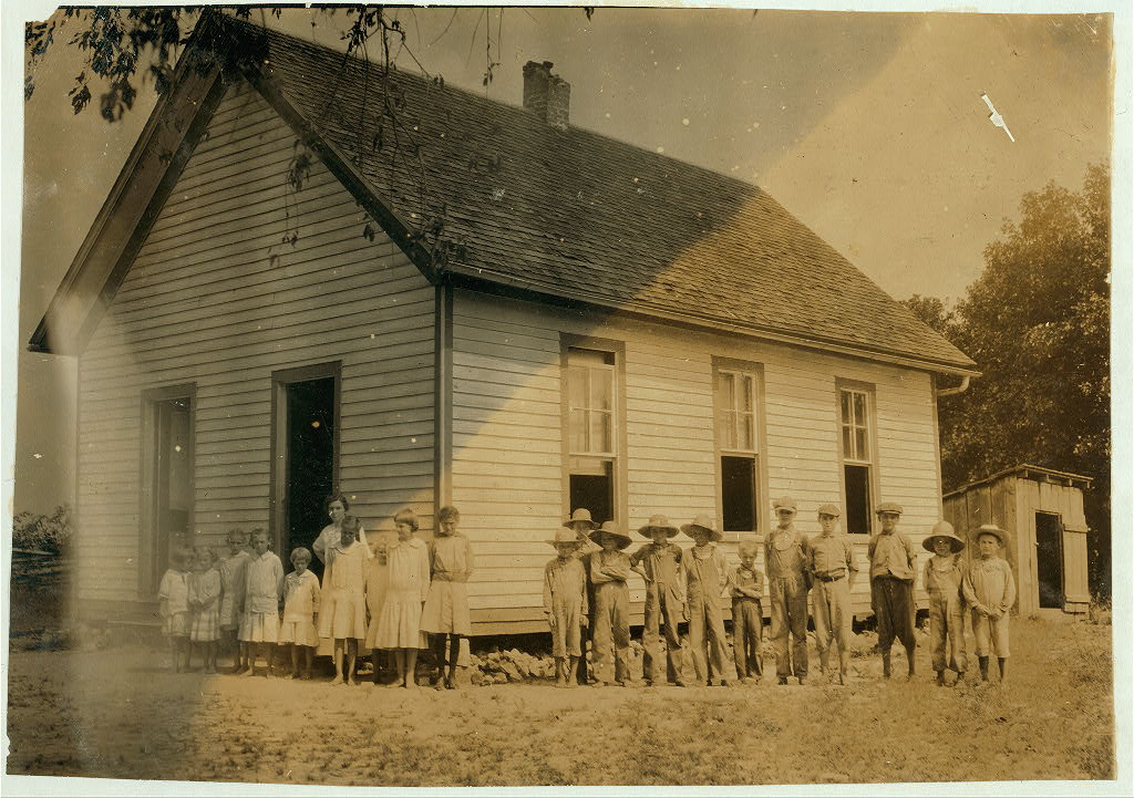 Buckeye School. Location Clark County, Kentucky Lewis W. Hine 1916