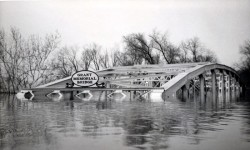 [old film & pictures] The Ohio River Flood of 1937 surpassed all prior floods during the previous 175 years – great historic films