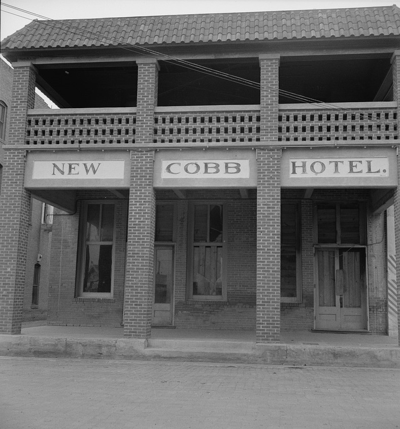 Hotel in Memphis, Texas by photographer Dorothea Lange in June 1937