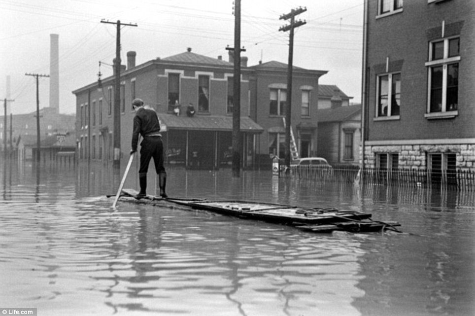 Navigating flooded streets in Kentucky