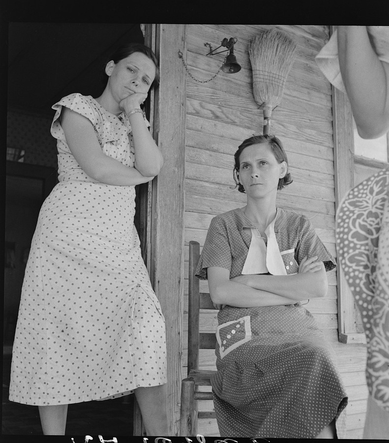 Part of a family on relief. Memphis, Texas by photographer Dorothea Lange June 1937